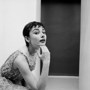 Audrey-Hepburn-0025