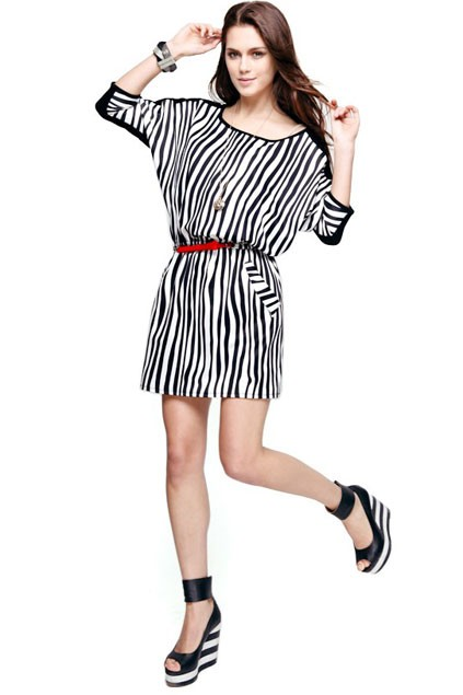 chic-medium-bat-sleeve-vertical-stripe-detail-dress