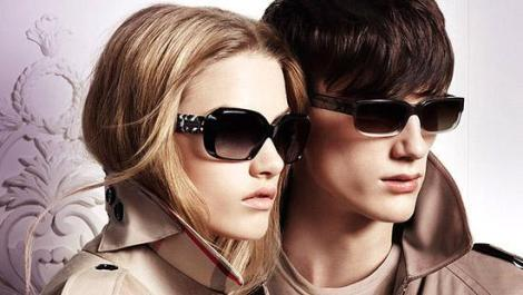 Girls-And-Boy-Fashion-2013-For-Burberry-Summer-Sunglasses-2
