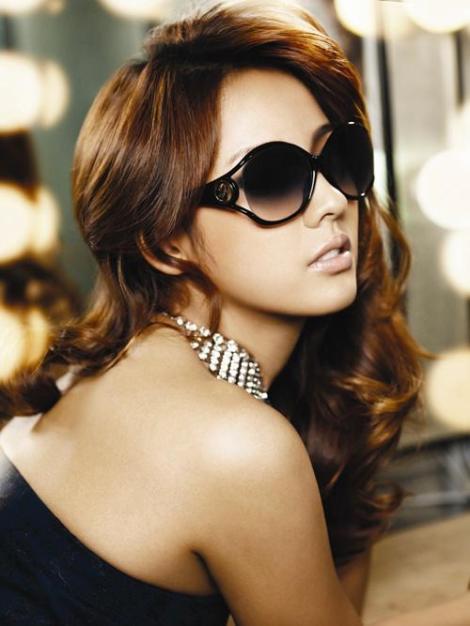 gucci-sunglasses-fashion-for-2011-L-gK5E3W