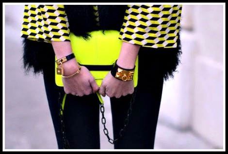 intheclouds_fluo (12)