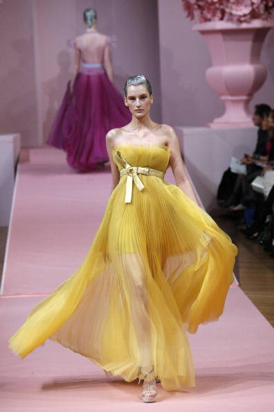 FASHION-FRANCE-HAUTE-COUTURE-MABILLE