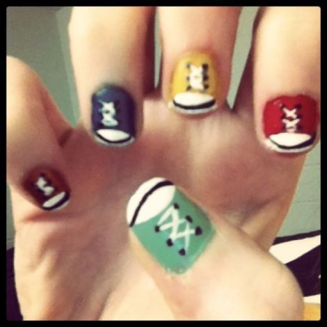 intheclouds_rainbow_nails (107)