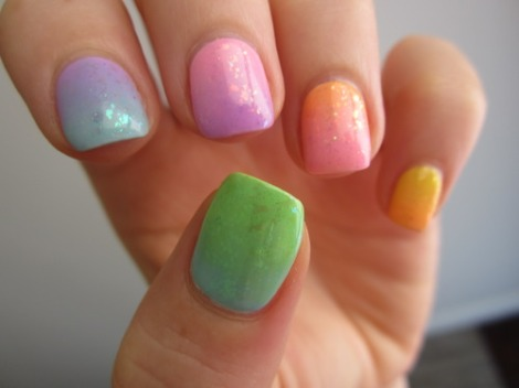 intheclouds_rainbow_nails (110)