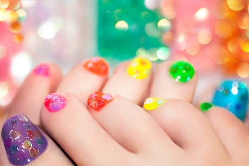 intheclouds_rainbow_nails (112)