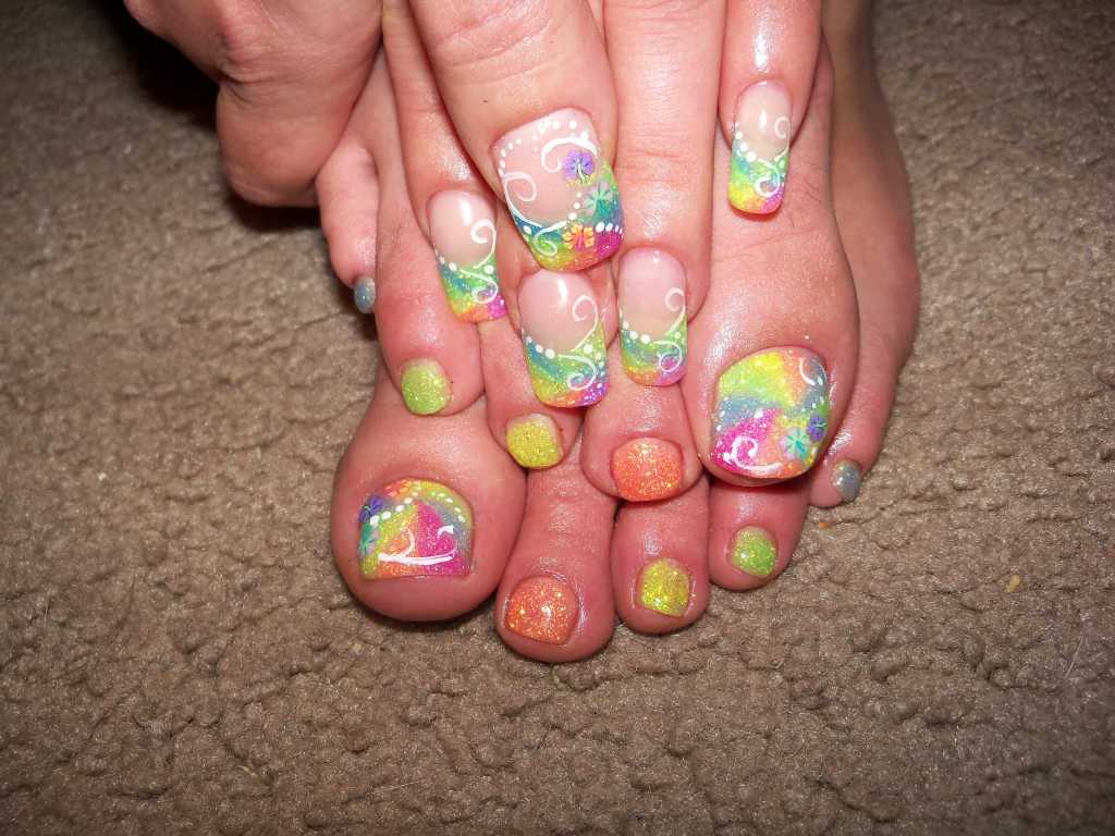 intheclouds_rainbow_nails (13)