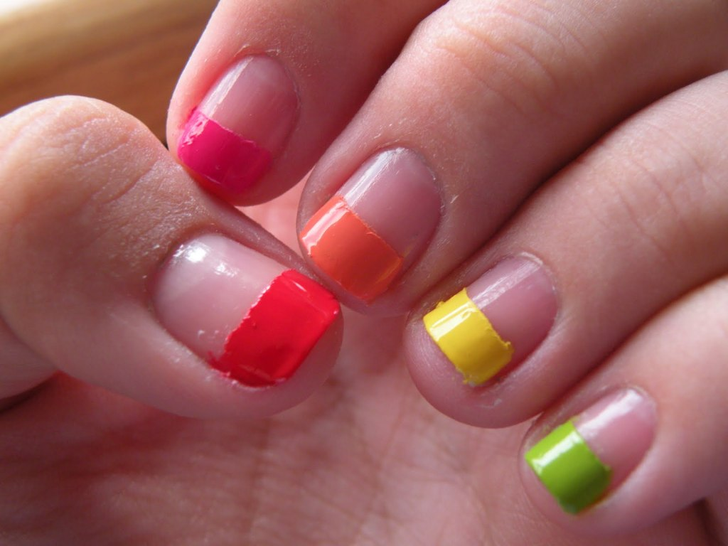 intheclouds_rainbow_nails (18)