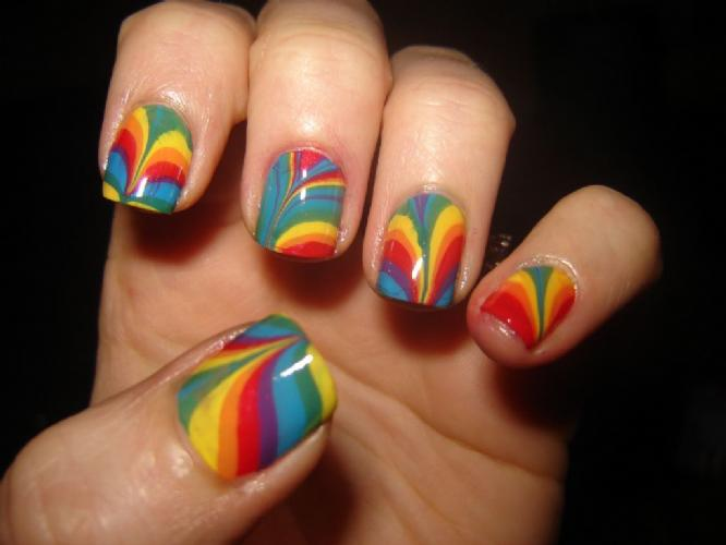 intheclouds_rainbow_nails (23)