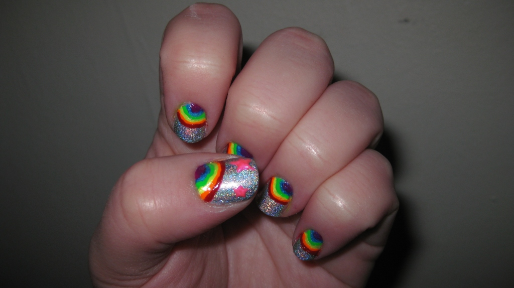 intheclouds_rainbow_nails (26)