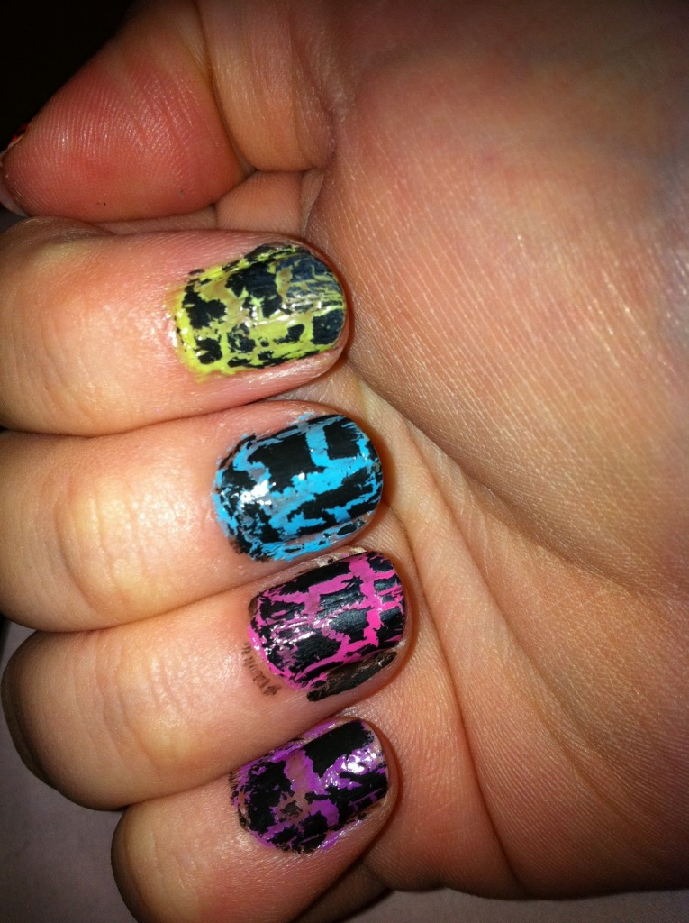 intheclouds_rainbow_nails (32)