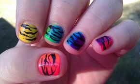 intheclouds_rainbow_nails (37)