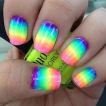 intheclouds_rainbow_nails (45)