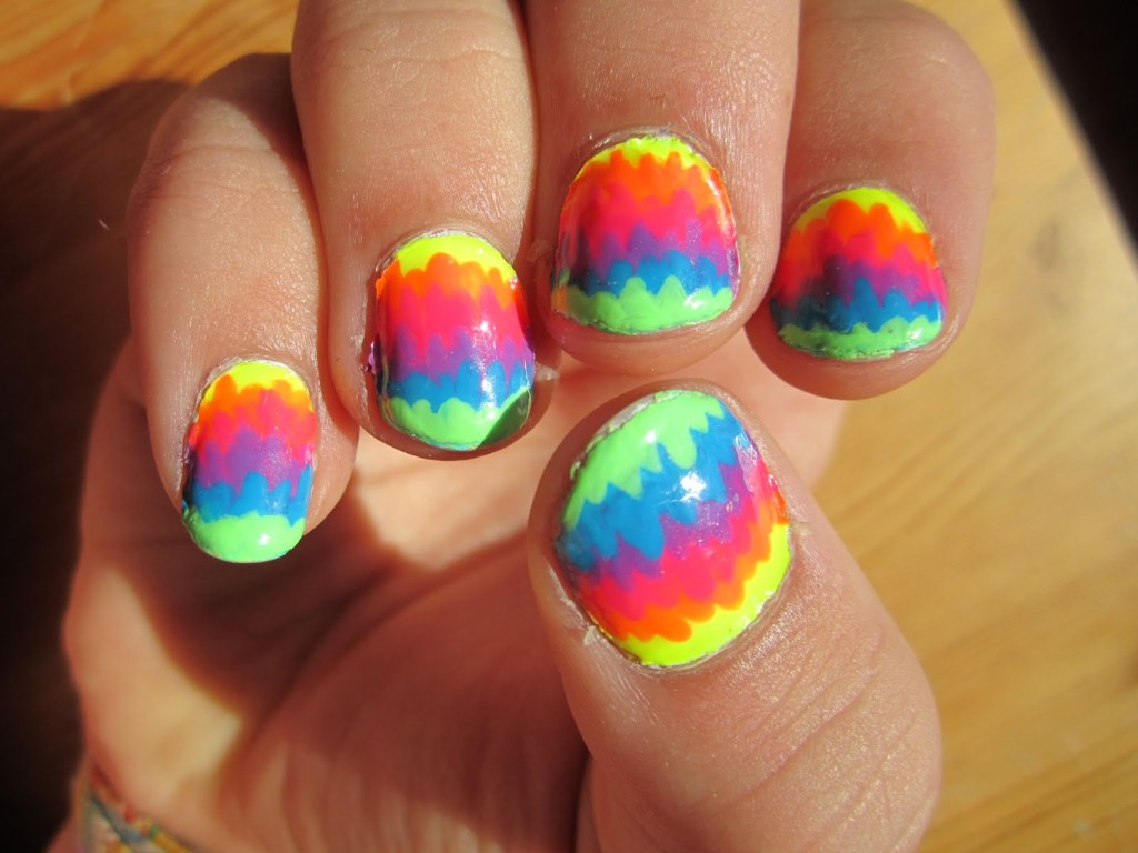 intheclouds_rainbow_nails (49)