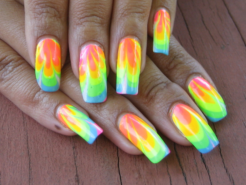 intheclouds_rainbow_nails (58)