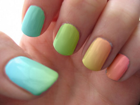 intheclouds_rainbow_nails (59)