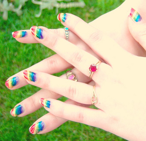 intheclouds_rainbow_nails (65)
