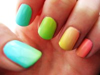intheclouds_rainbow_nails (68)