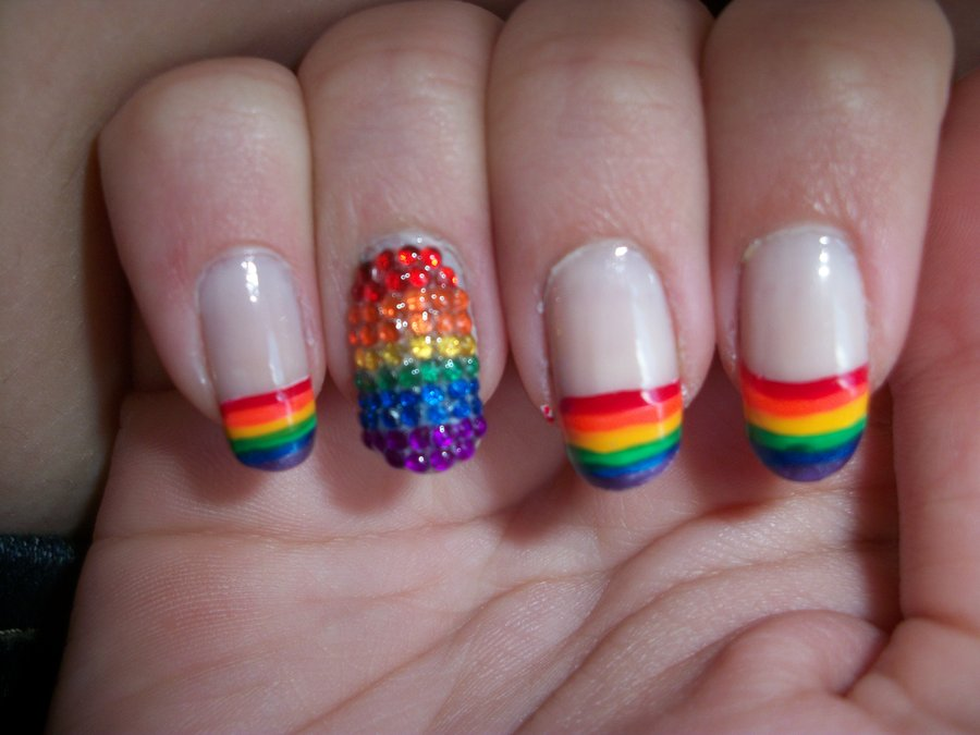 intheclouds_rainbow_nails (82)