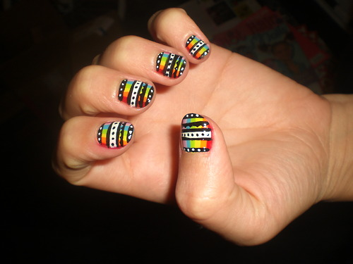 intheclouds_rainbow_nails (92)