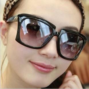 Rubric-2013-women-s-vintage-sunglasses-female-sunglasses-fashion-big-frame-glasses