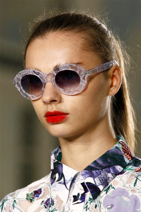 Sunglasses-Trends-For-Spring-Summer-2012-6