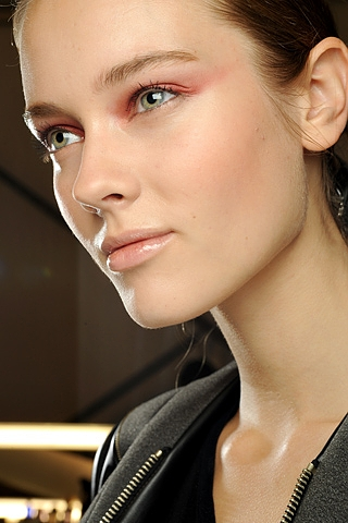 coral_eye_makeup