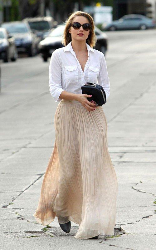 diana-agron-wearing-maxi-skirt[1]