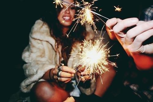 fashion-firework-friends-love-night-Favim.com-132950