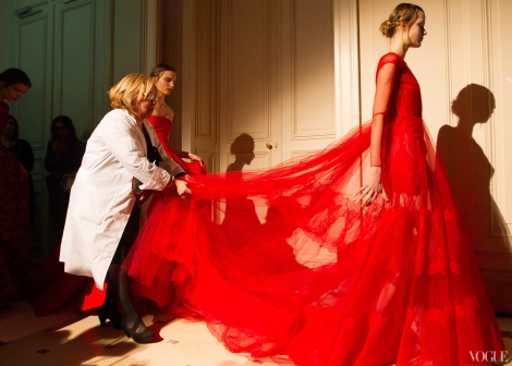 couture-spring-2013-round-up-valentino-11_114824961915