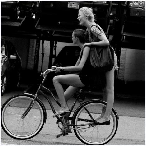 fashionable-biker-newyorkcity-03