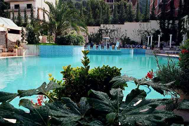 hotel-butrinti-a-saranda323Hotel__hotel_Butrinti_pool