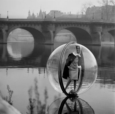 a bubble fashion lake