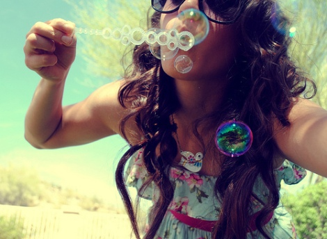 bubbles-color-fashion-girl-photography-Favim.com-410087