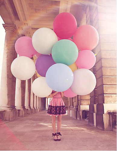 c architecture,balloons,color,fashion,ballons,photography-fe528324134008834c4973968b8f9e3d_h