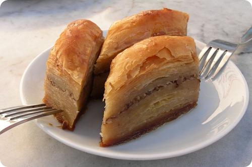 cucina albanese baklava_thumb[2]
