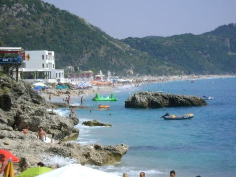 Dhermi_beach