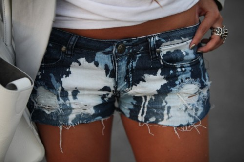 mini-blue-jeans-fashion