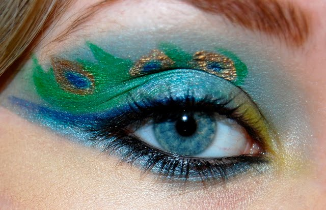 HOt-Midnight-Peacock-Eye-Makeup-2012-13