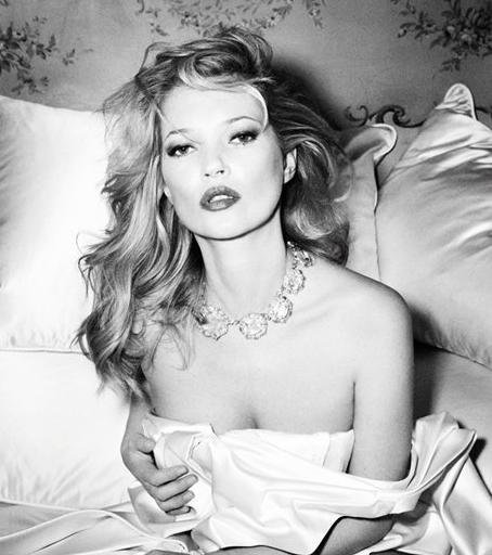 bampw-bed-editorial-fashion-kate-moss-Favim.com-282037_original