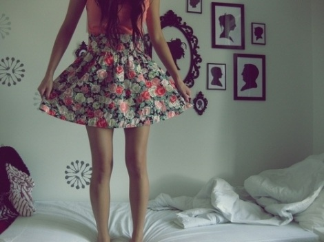 bed-dress-fashion-floral-dress-floral-print-Favim.com-184023