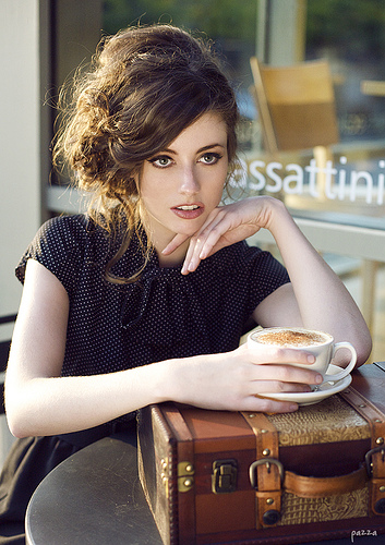 cleveland-fashion-photographer-model-cappuccino-coffee-italy-pazza-photography
