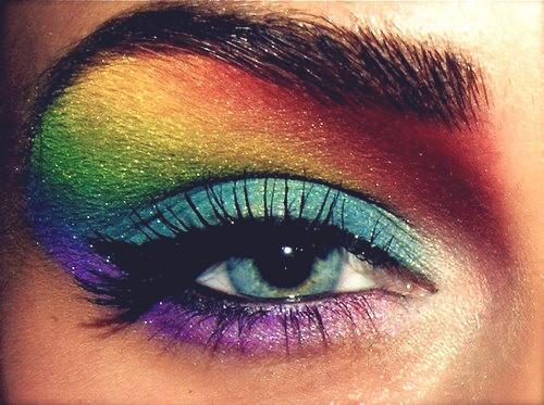 rainbow-eye-shadowth