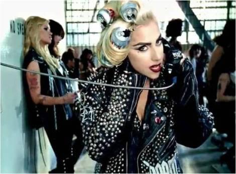 Telephone_Fashion_04
