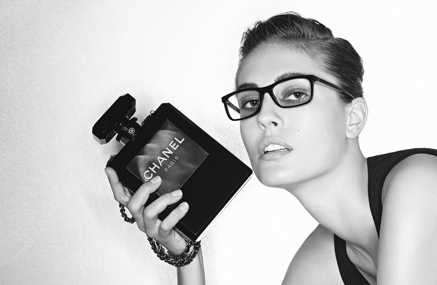 Eyewear_FW13_AdCamp_DP_5.jpg.fashionImg.medium