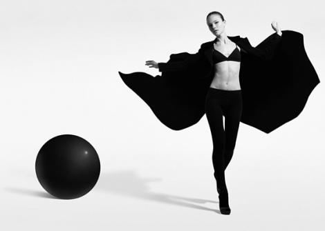 Andrea-Massari-Black-and-White-Fashion