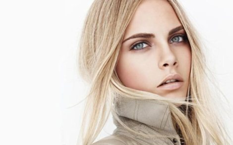 Burberry-Beauty-Spring-2011-Campaign-2