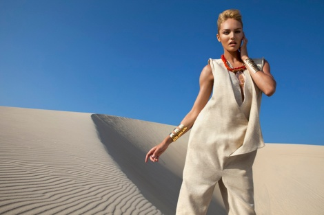 Candice Swanepoel by J.R. Duran (Queen Of The Desert – Vogue Brazil October 2011) 4