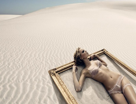 Desert-fashion-photography-feeling-hot-summer-2
