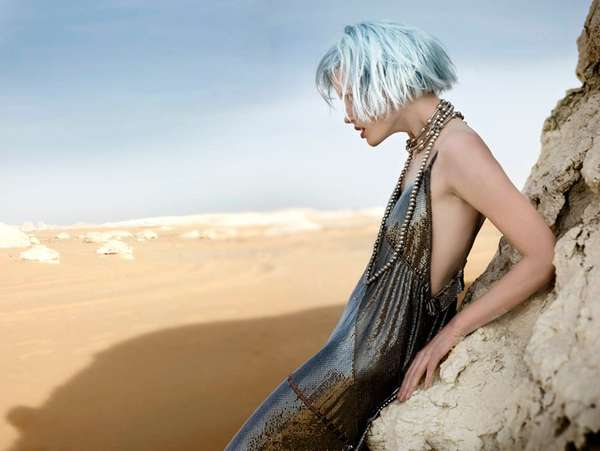 xfuturistic-editorials-eugenio-recuenco-captures-beauty-on-planet-desert.jpeg.pagespeed.ic.E7FtaPpxbg
