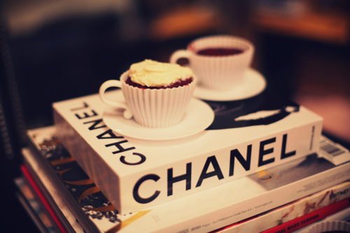 books-chanel-coffee-cup-fashion-Favim.com-329643